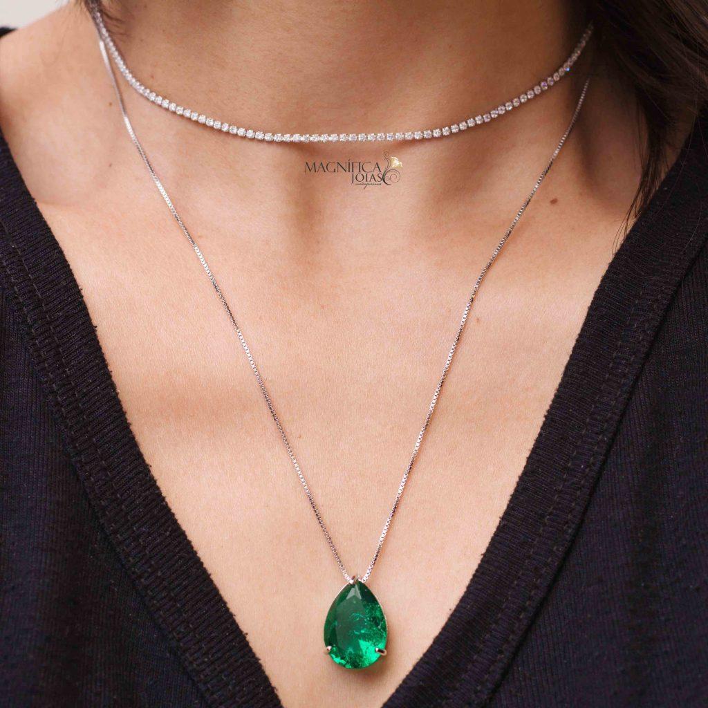 colar gota ponto de luz pedra verde esmeralda fusion semijoias