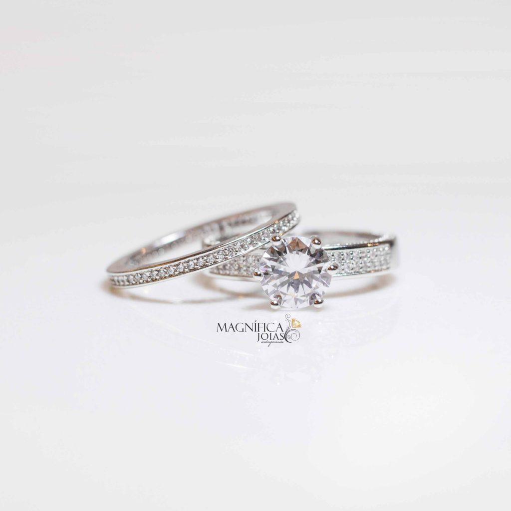 anel solitario prata cravejado com zirconias semijoias