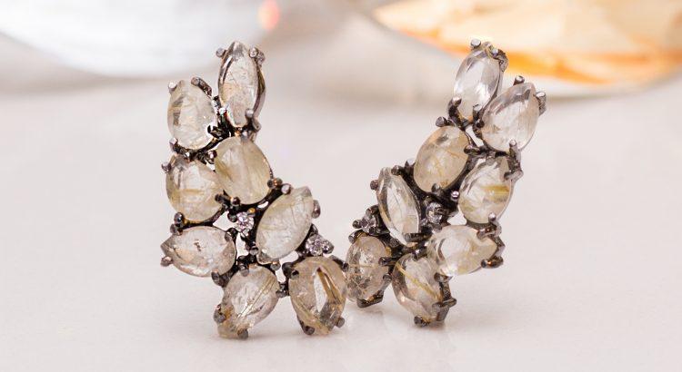Brinco ear cuff rodio negro com pedra quartzo rutilo magnifica semijoia