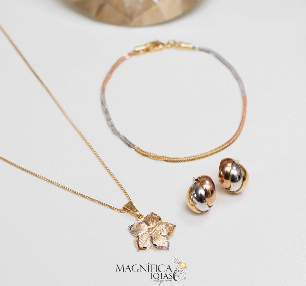 Brinco, colar e pulseira em ouro três tons semijoia