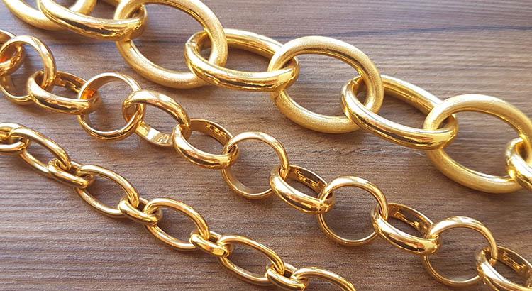Banner pulseiras de elos douradas semijoias