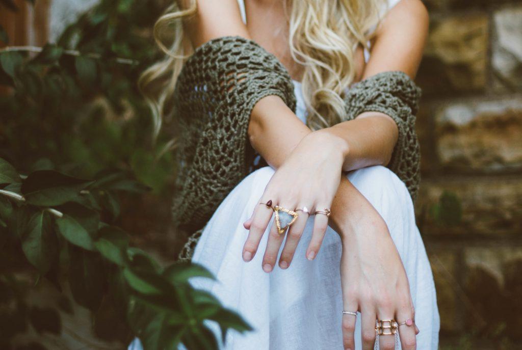 acessórios femininos - anéis coloridos