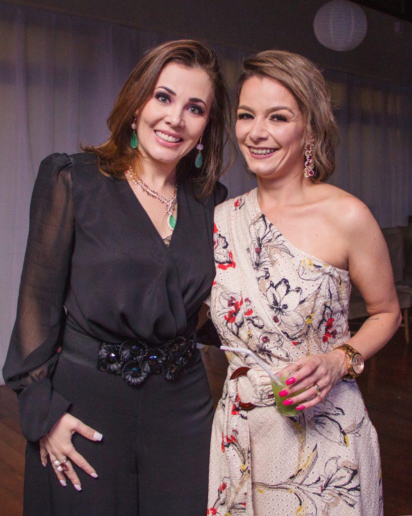 Jane Magalhães e Camila Castro